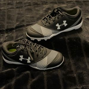 Under Armour - baseball cleats - NWOT -  6.5